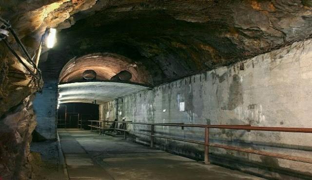 Terowongan Nazi di Polandia