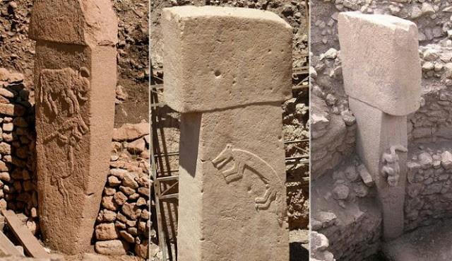 Relief binatang and ukiran pilar batu berbentu T