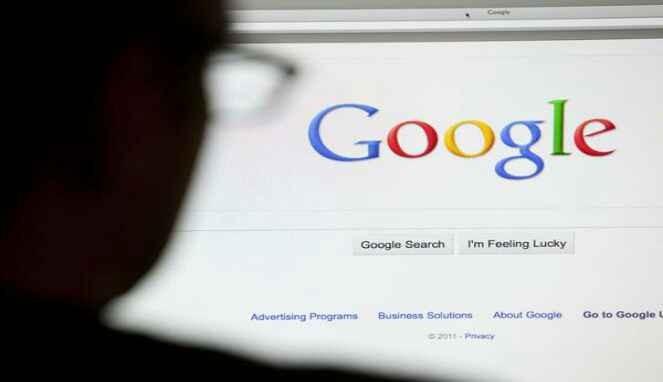 Googling mencari informasi