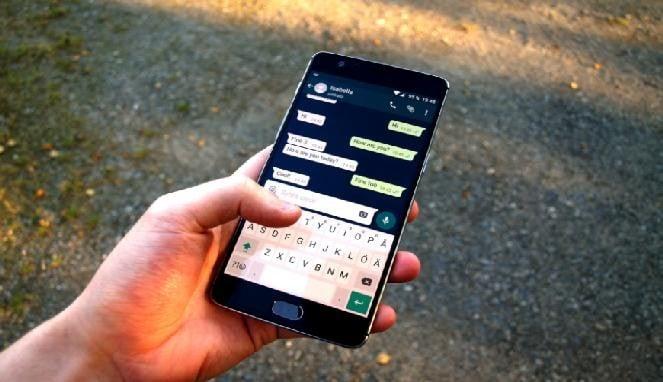 Melihat pesan whatsapp terhapus