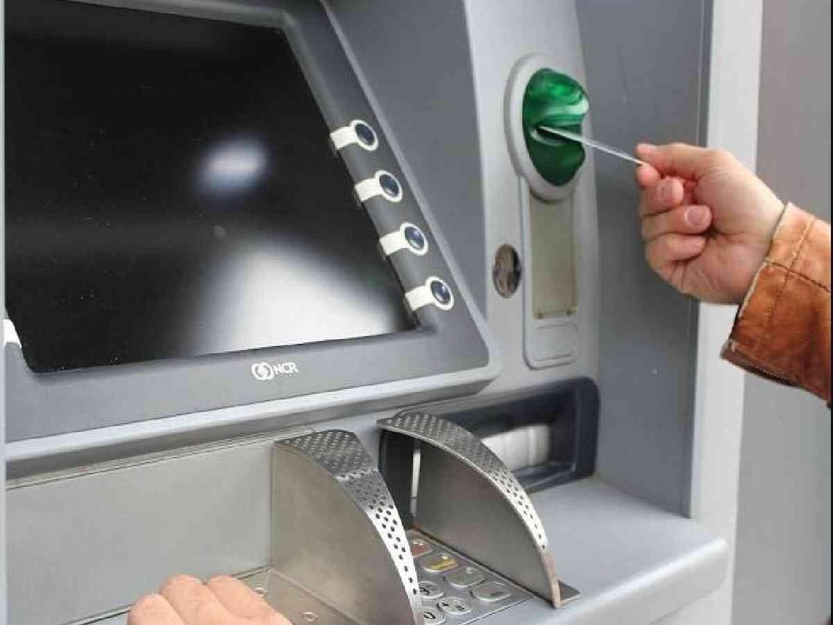 Celah ATM tarik uang gratis