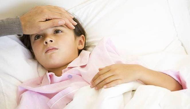 Pengobatan Rumahan Sembuhkan Demam Anak yang Efektif dan Aman