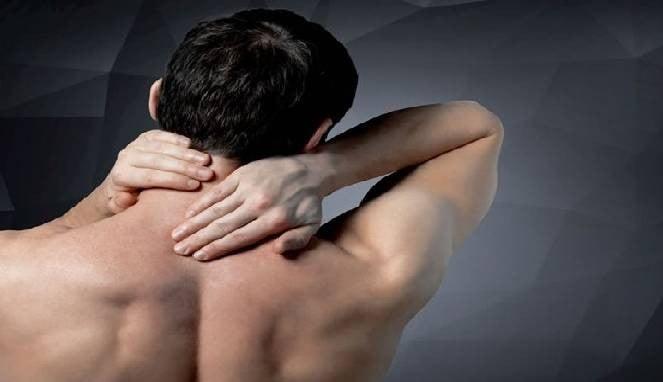 Menyembuhkan leher kaku dan kram