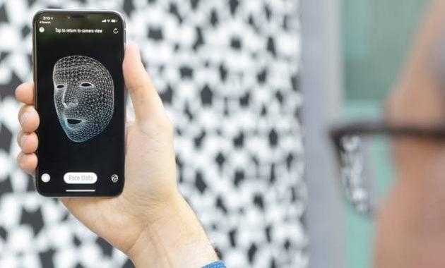 Aplikasi pendeteksi wajah