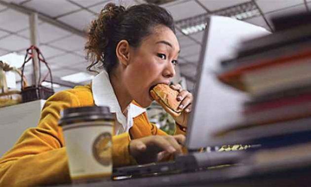 Kebiasaan makan yang buruk